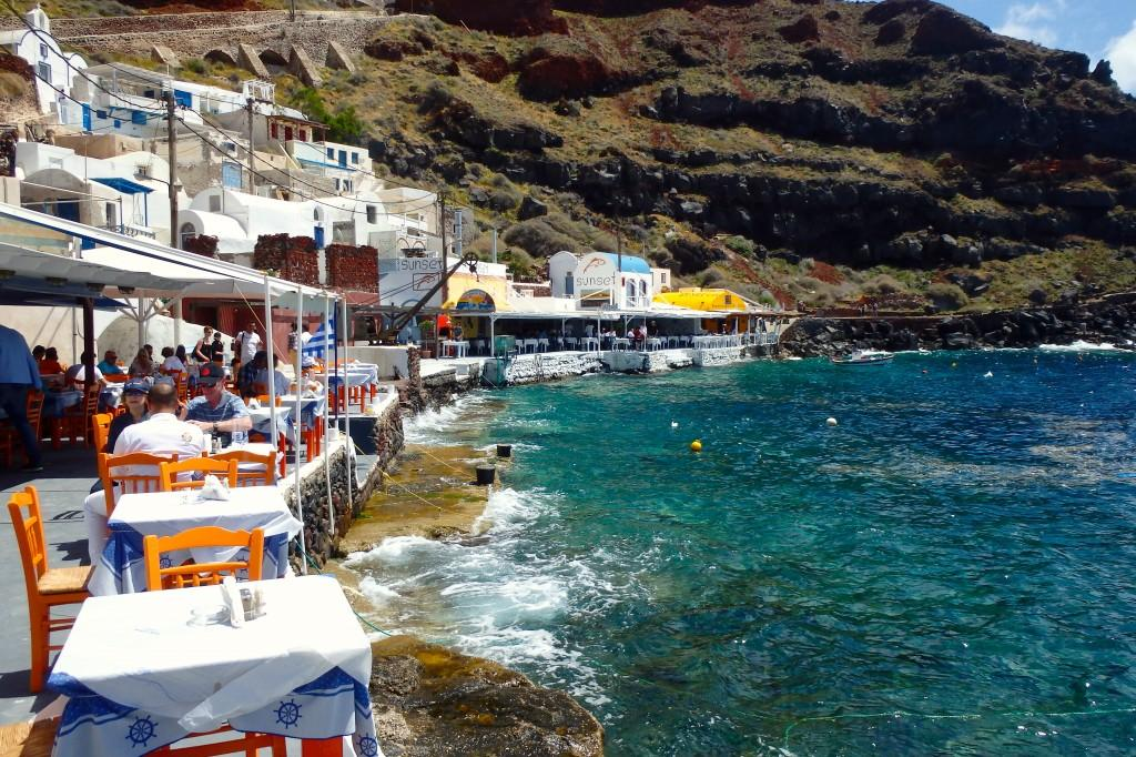 Santorini Ammoudi Bay Fionatree 1024 215 682 Pearls And Paris